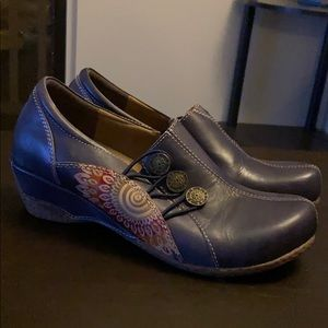 L'Artiste by Spring Step Agacia Women's Shoes